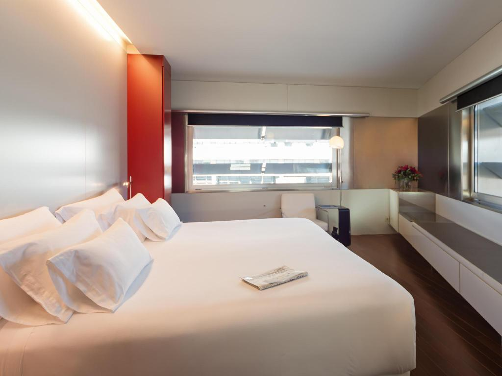 Superior Room NH Collection Barcelona Constanza