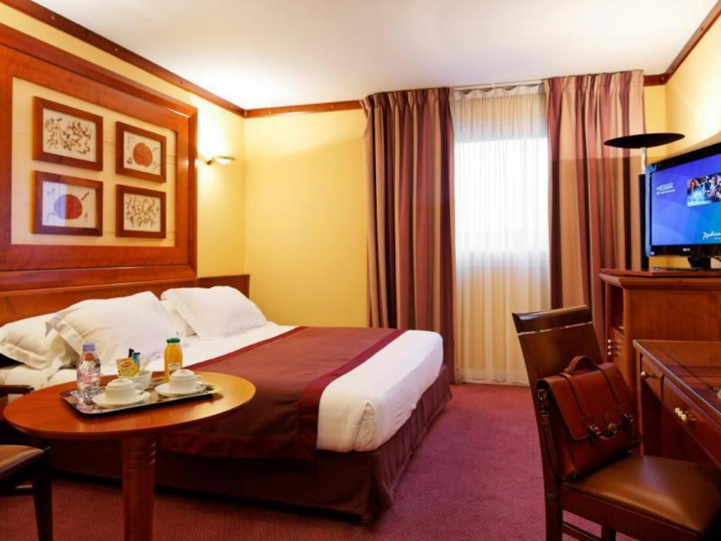 Standard Double or Twin Paris Roissy Charles de Gaulle Airport Hotel