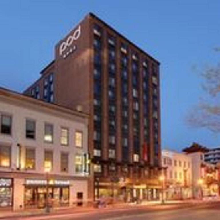 Washington Dc Hotels >> Pod Dc Hotel Chinatown Washington D C Room Deals