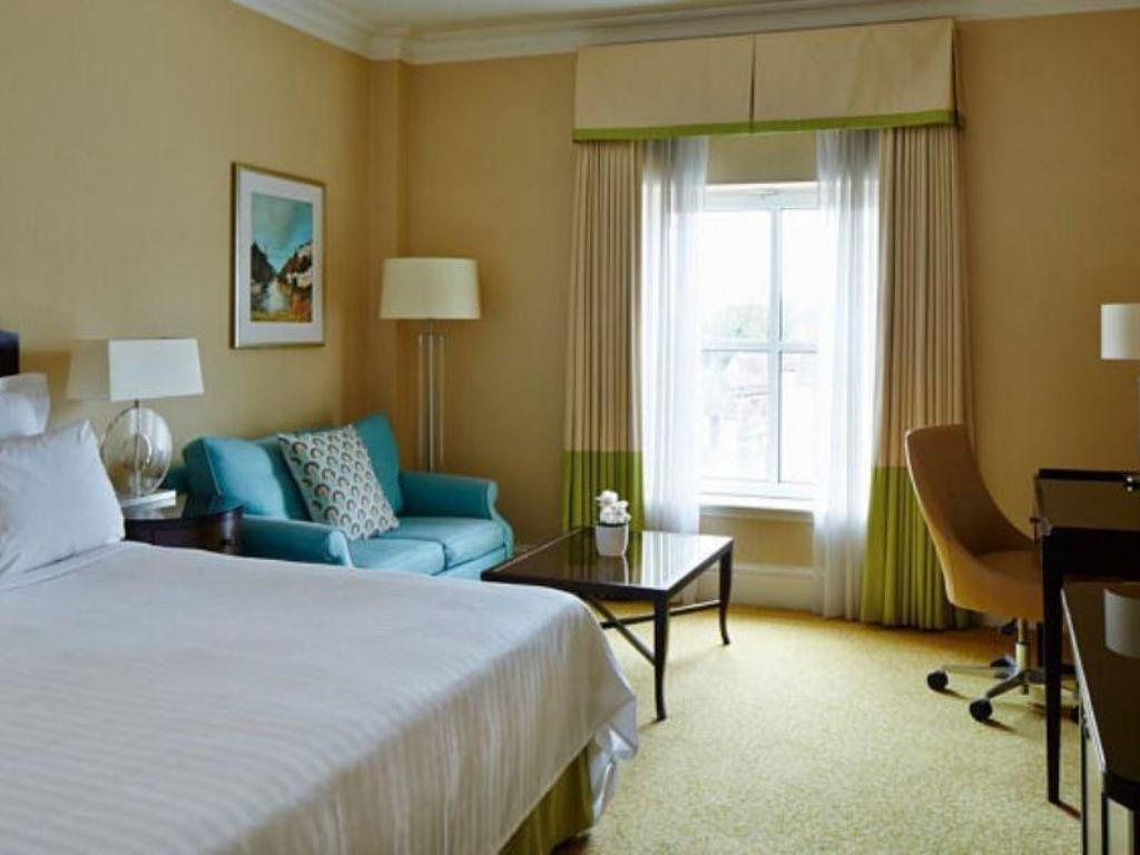 Superior Room, Guest room, 1 King or 1 Queen, High floor - Стаи за гости Bristol Marriott Royal Hotel
