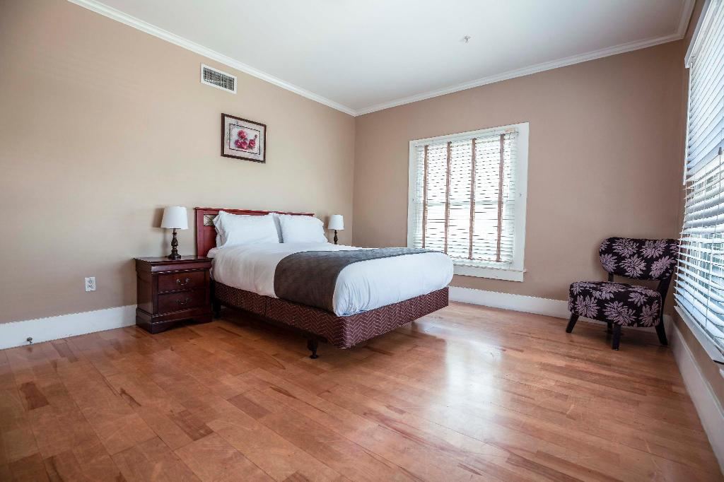 Best Price On Hollywood Sky Apartment In Los Angeles Ca Reviews