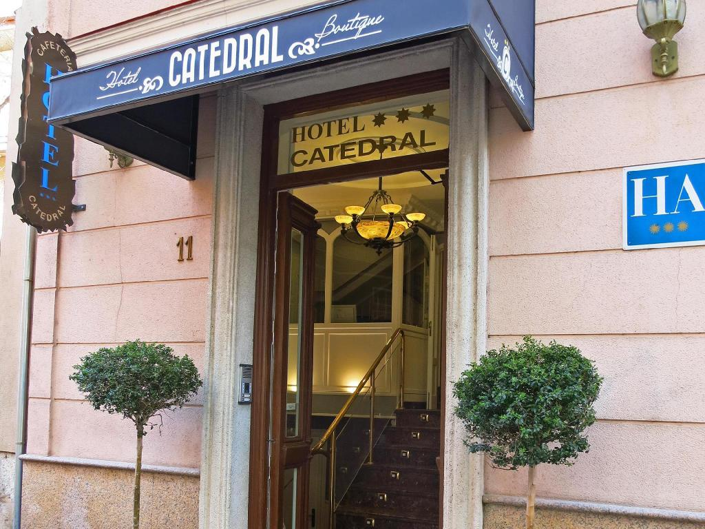 Entrance Hotel Catedral