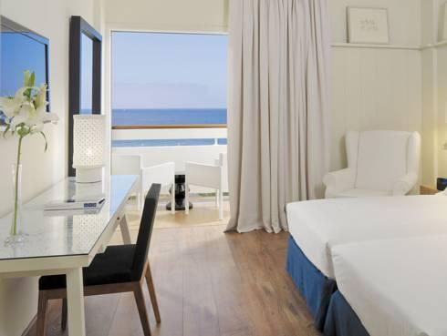 Double Room for Single Use with Sea View