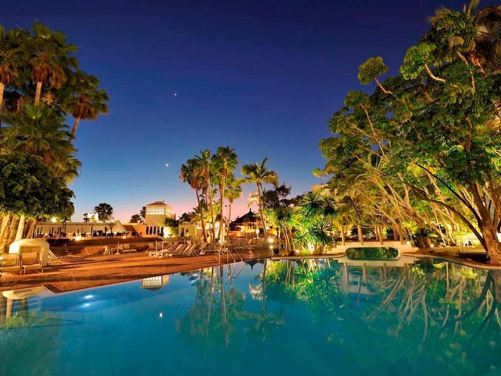 Jardin tropical hotel in tenerife room deals photos for Hotel jardin tropical tenerife