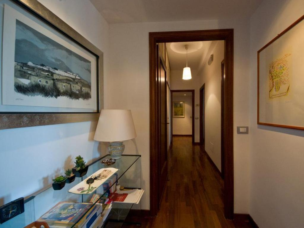 Bed And Breakfast Lilly S House Guesthouse Bed And Breakfast Rome
