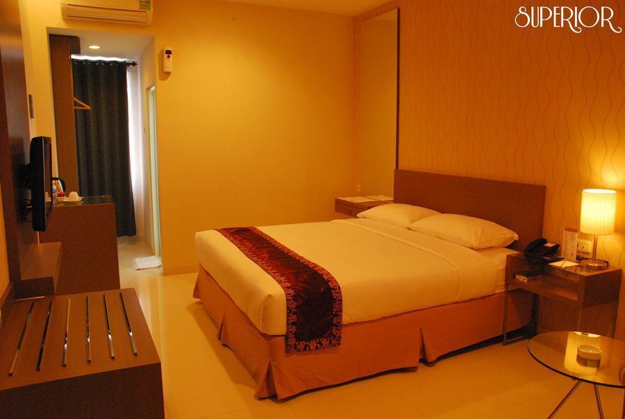 grand fatma hotel in samarinda room deals photos reviews rh agoda com
