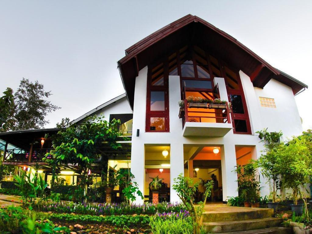 More about Baan Salee Pai