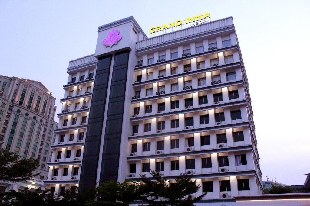 More about Grand Inna Medan