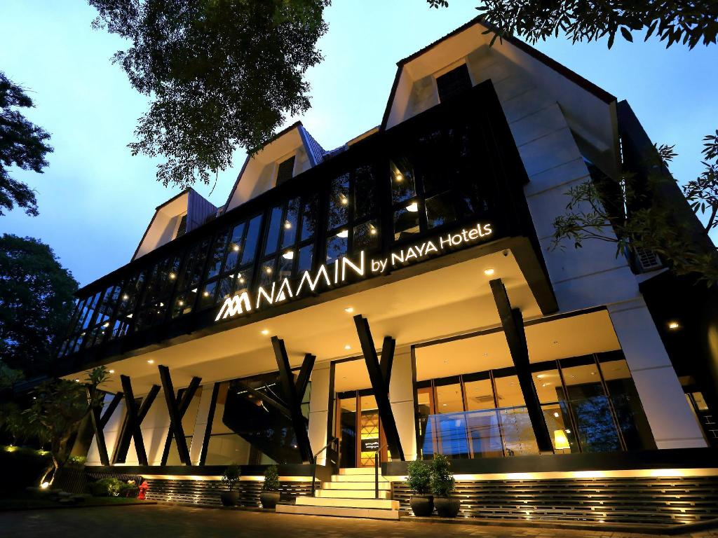 More about Namin Dago Hotel