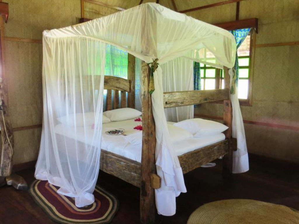 Bungalows Junto a la Playa - Cama Pemba First Eco Lodge