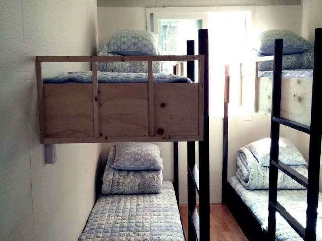 6-Bed Dormitory -- Female Only Social House Guesthouse