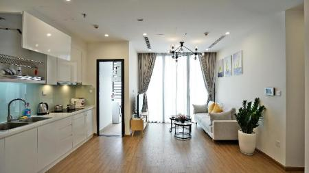 2 Bedroom Apartment Bayhomes Skylake Serviced Apartment