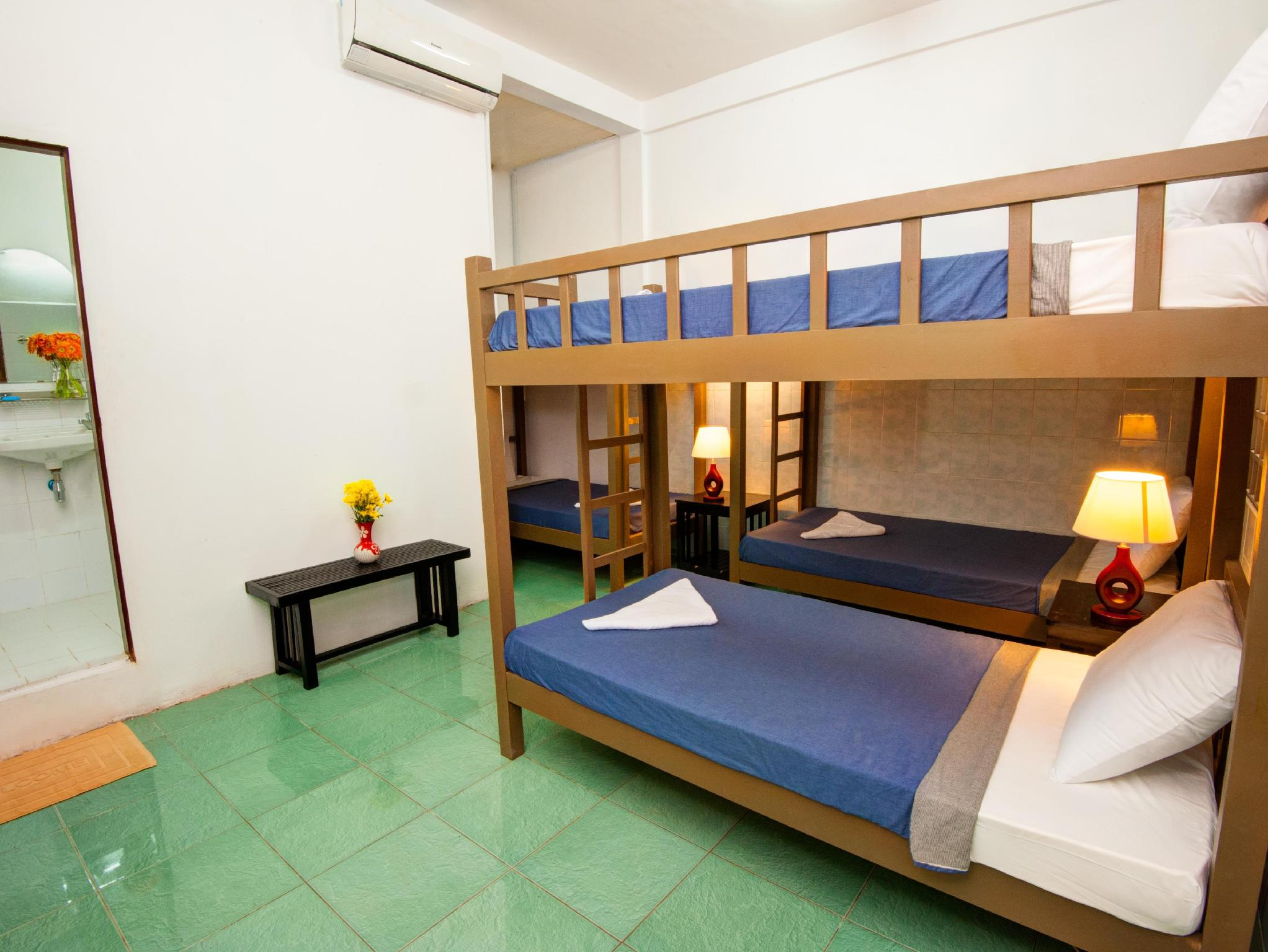 Seng i 6-sengs blandet sovesal (1 Person in 6-Bed Dormitory - Mixed)
