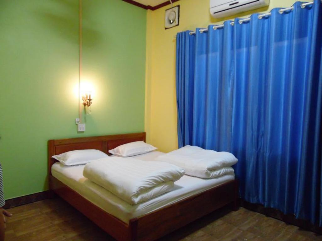 Standard Double Chinthima Guesthouse