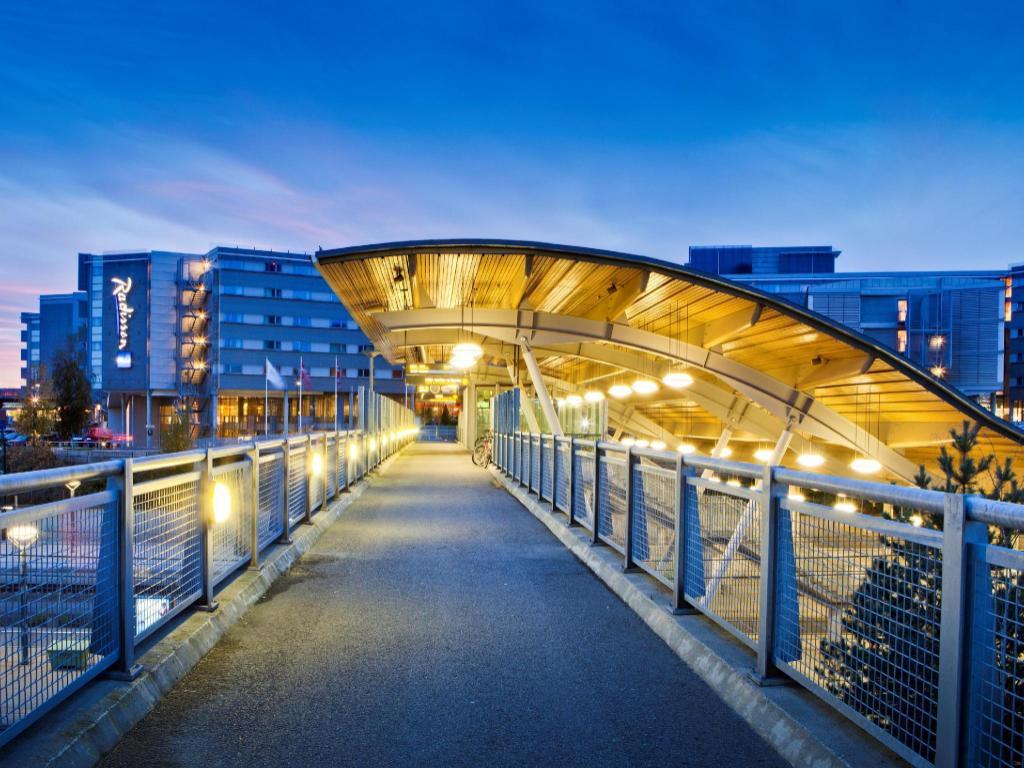 Radisson Blu Airport Hotel Oslo Gardermoen In Norway Room Deals