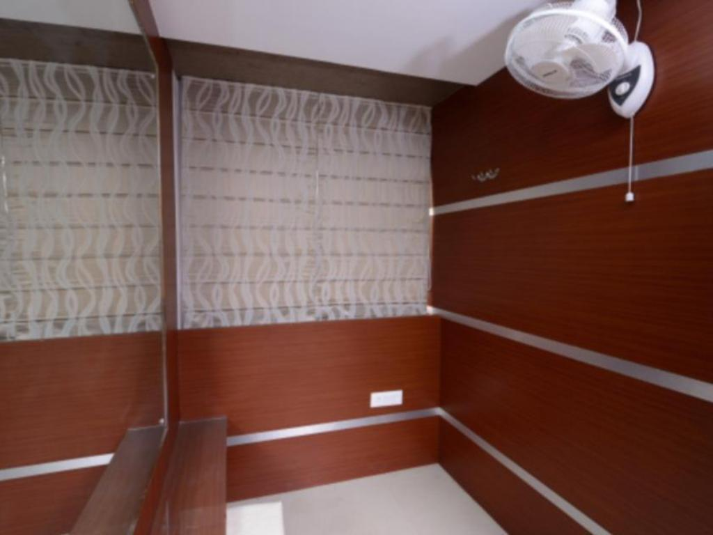 1 Person in 15-Bed Dormitory - Mixed Golden Apple Boutique Hotel