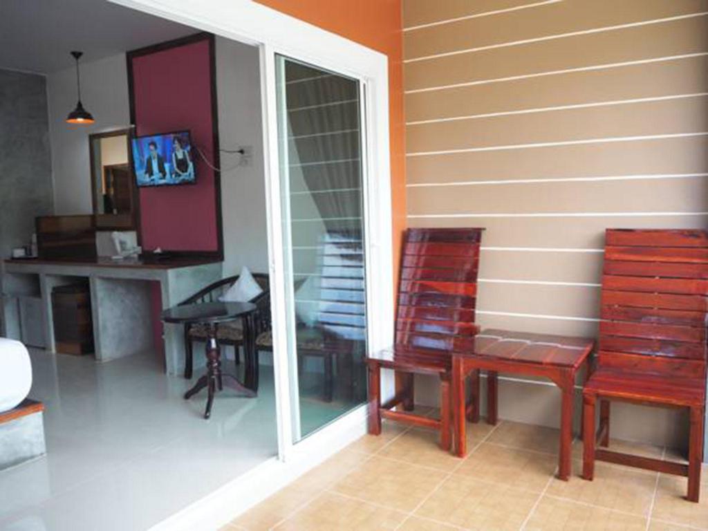 Best Price on Hatzanda Lanta Resort in Koh Lanta + Reviews