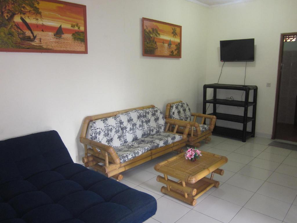 2 Bedroom Bungalow  Secret Garden Inn Kuta
