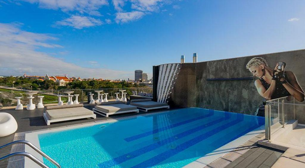 Hf fenix music hotel in lisbon room deals photos reviews - Hotels in lisbon portugal with swimming pool ...