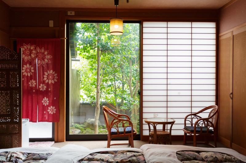 标准日式房-带浴室 (Standard Japanese Room with Bathroom)
