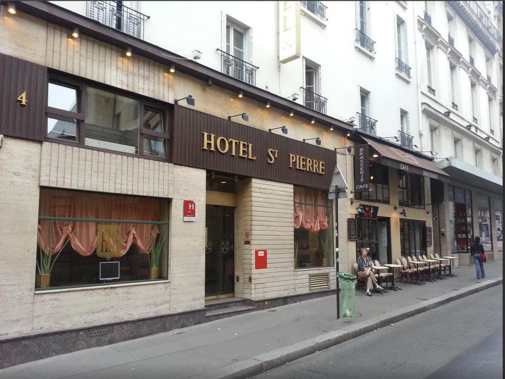 Сграда на хотела Hotel Saint Pierre Paris