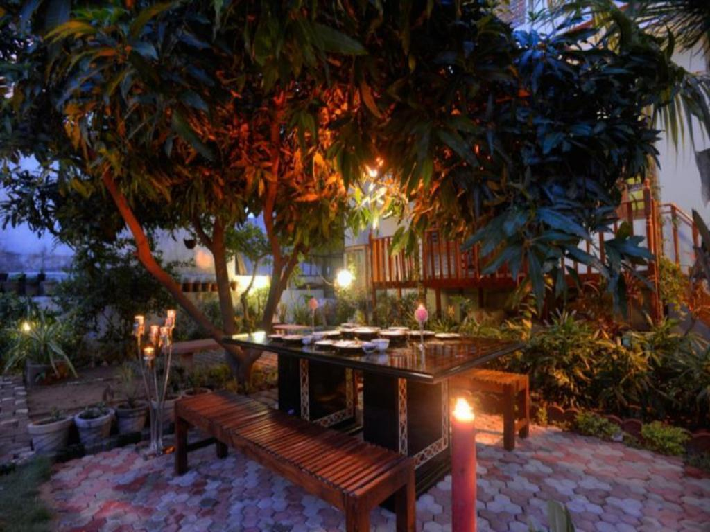 Restaurant Oasis Home Stay