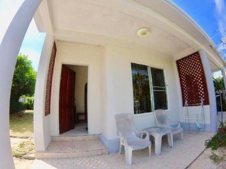 1 Bedroom House - Exterior view Beach Village House CH2