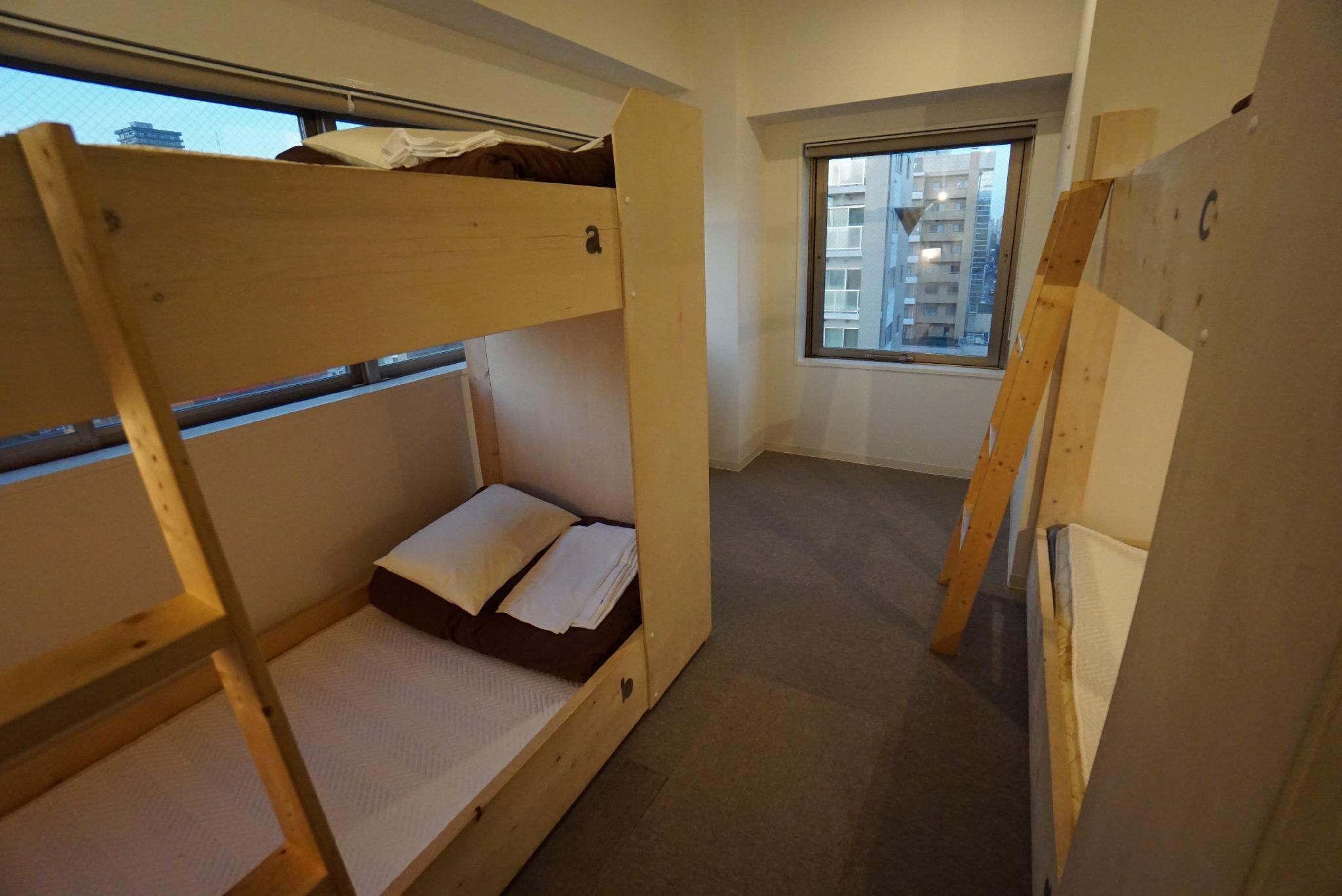 個室 二段ベッド2台(3名) (Private Room for 3 People with 2 Bunk Beds)