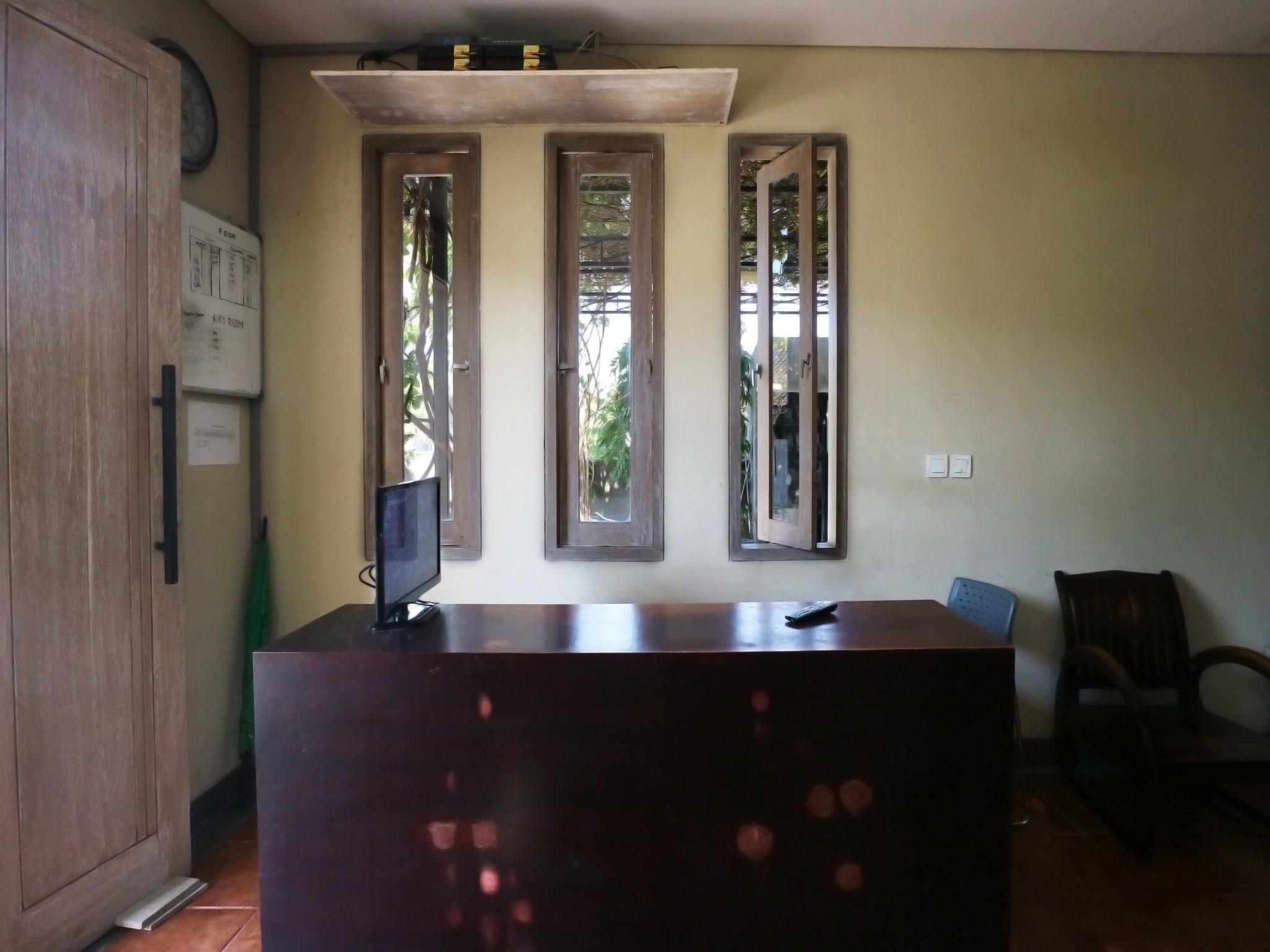 Kara Residence Bali Promo Harga Terbaik Agoda Com # Meuble Tv Zaiken