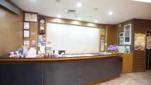 Fun House Business Hotel - Hsinchu