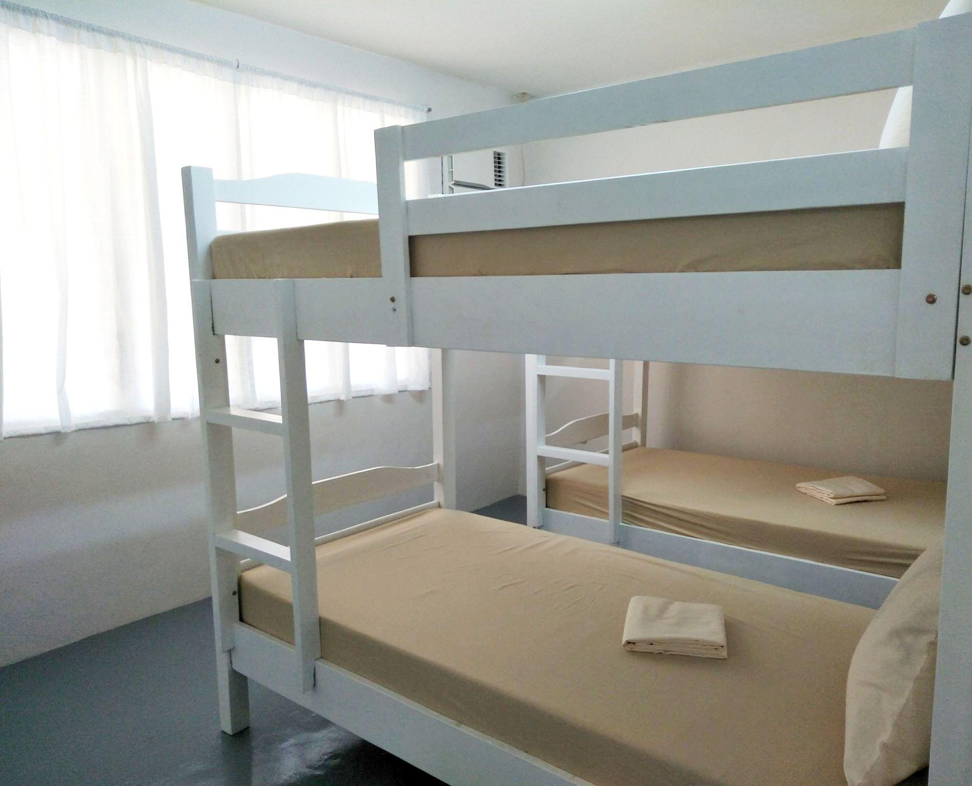 Quad - 2 Bunk Beds
