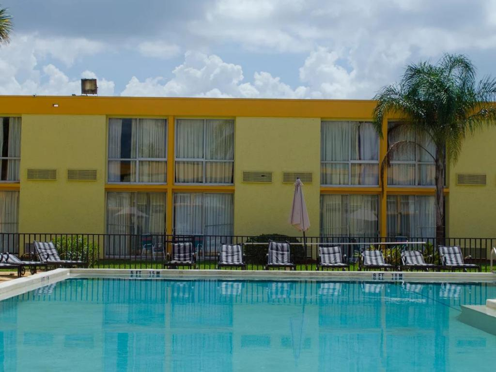 More about Floridian Express International Drive Hotel