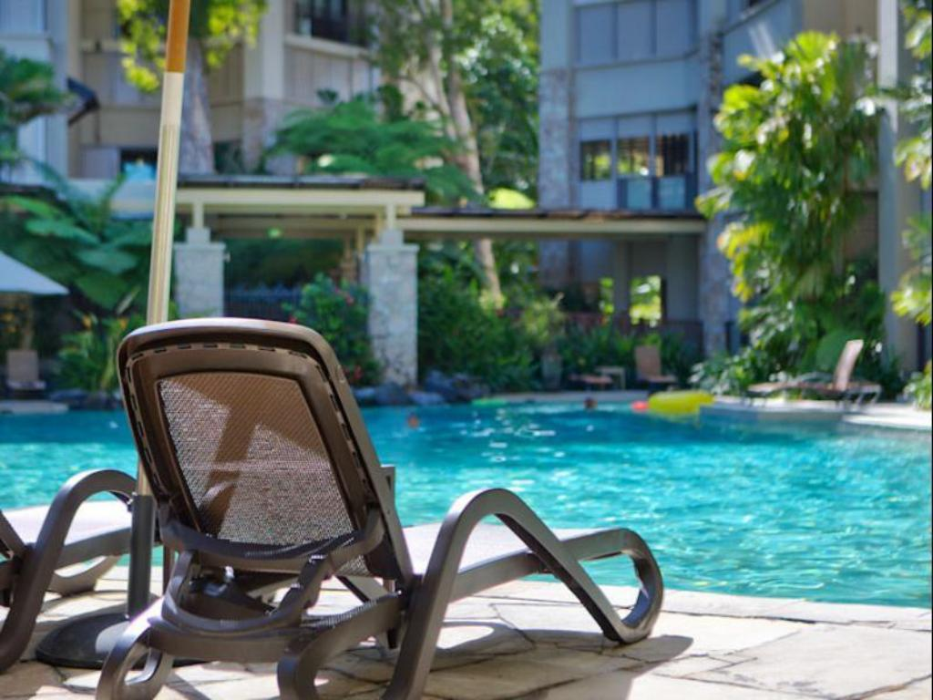 Swimming pool Luxury Apartment 213 @ Sea Temple Palm Cove