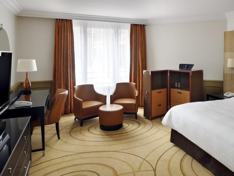 Superior room, Guest room, 1 King or 1 Queen