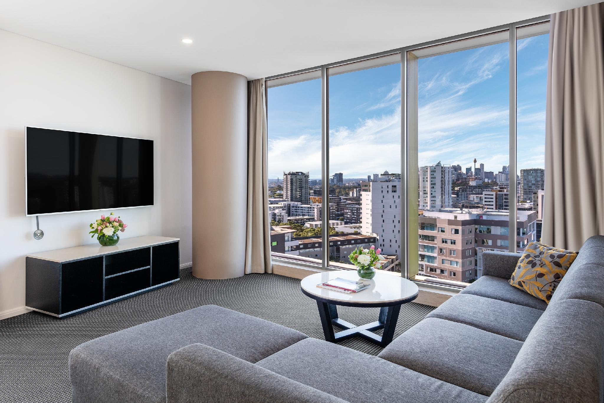 Best Price on Meriton Suites Zetland in Sydney + Reviews!