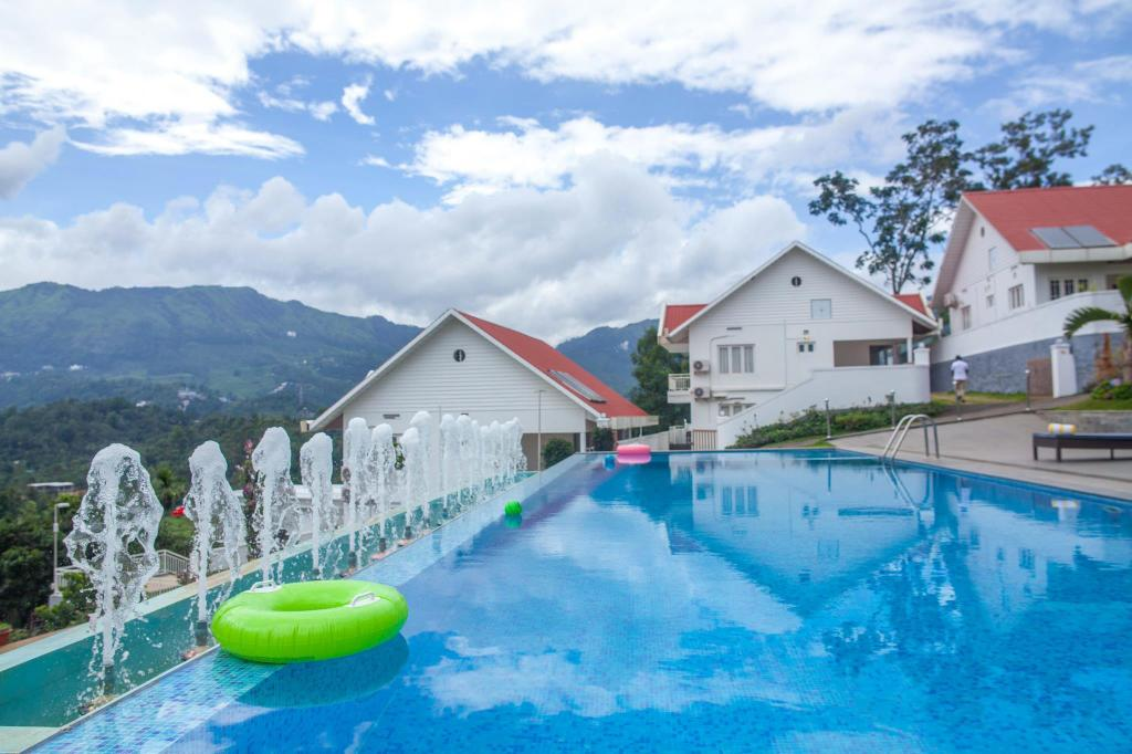 Piscina externa The Fog Resort Munnar