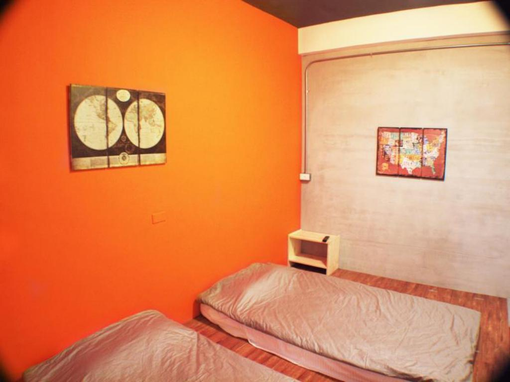 Double or Twin Room Knock Knock Hostel
