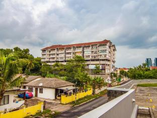 Family Suites at Bandar Utama