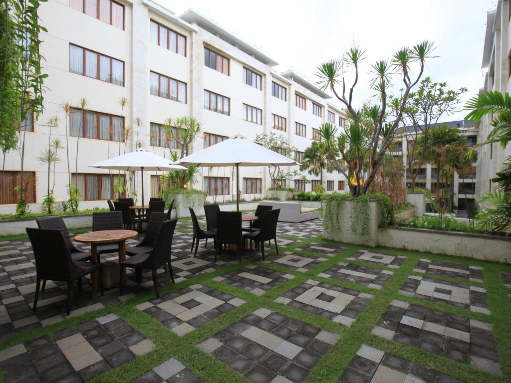 Kuta Reef Apartments