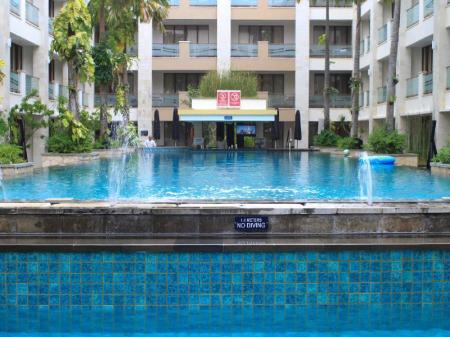 Swimming pool [outdoor] Kuta Reef Apartments