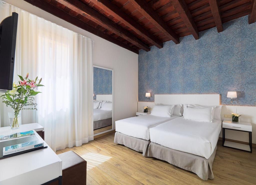 Best Price on H10 Raco Del Pi Hotel in Barcelona + Reviews!