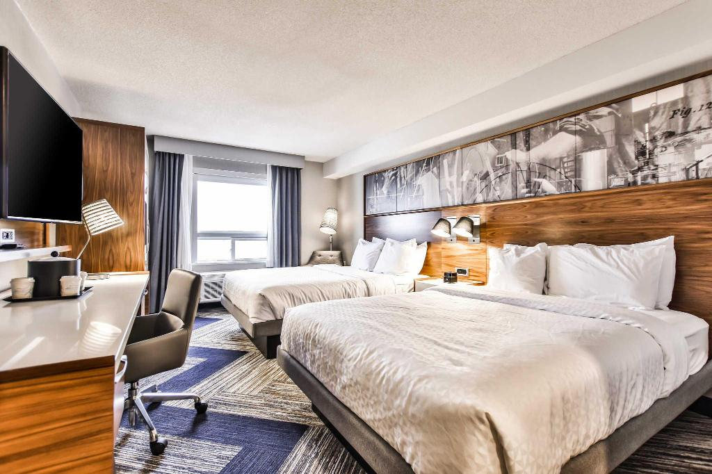 Quality Hotel and Suites Airport East Toronto