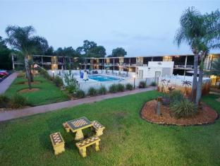 At Home Inn - Fort Pierce