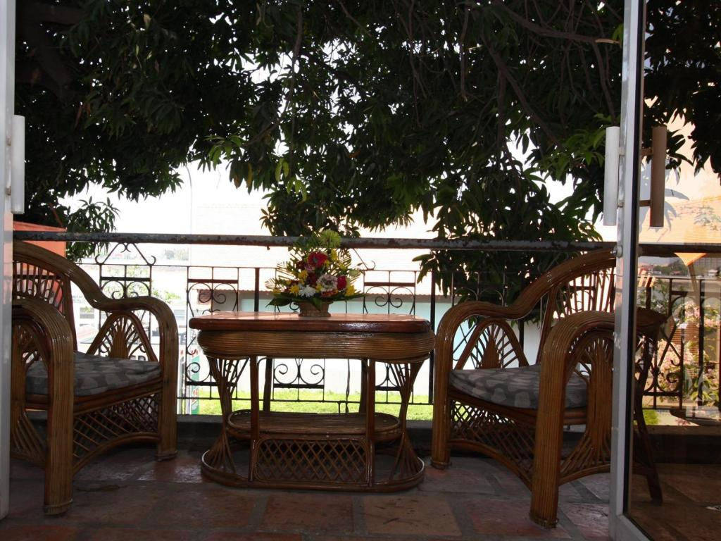 Balcony/terrace Sundance Riverside Guest House