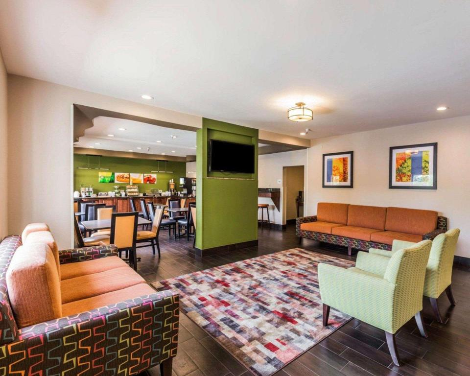 Vestíbul Quality Inn and Suites Birmingham - Highway 280