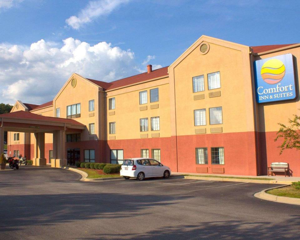 More about Comfort Inn & Suites Trussville I-59 Exit 141