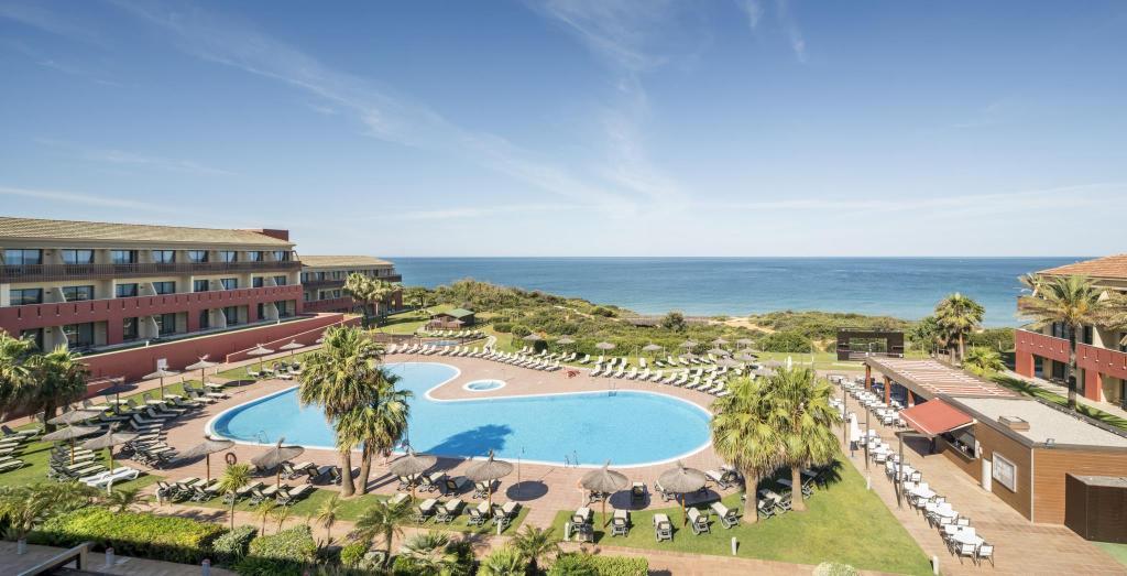 Ilunion Calas De Conil Hotel Conil De La Frontera Ab 280 Agoda Com