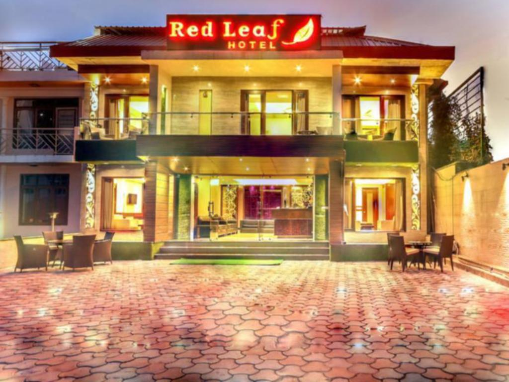 Exterior view Red Leaf Hotel