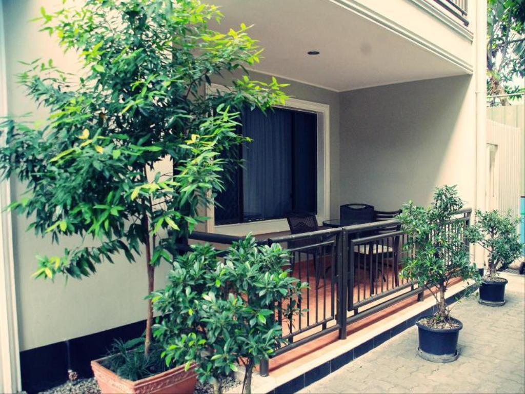 Balcony/terrace Citi Serviced Apartments and Motel