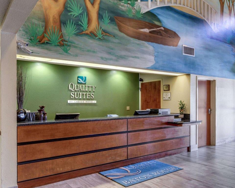 Quality Suites Hotel Baton Rouge in Baton Rouge (LA) - Room Deals ...